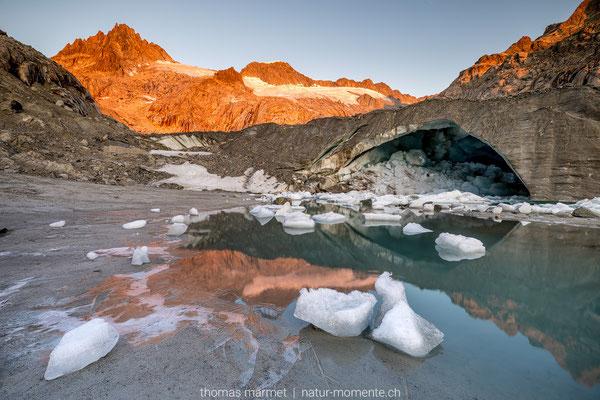 Gletscherhöhle am Tiefengletscher