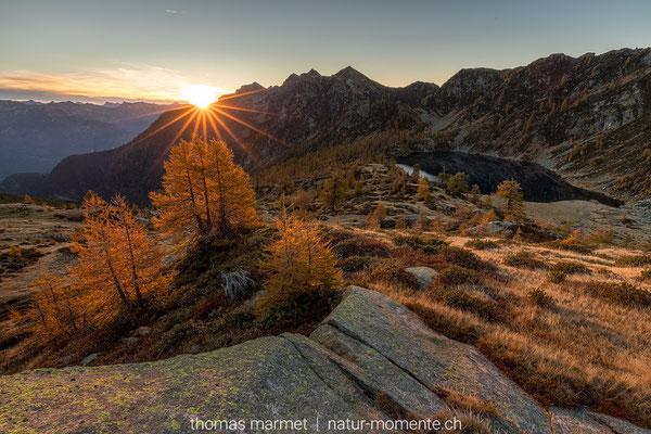 Laga d'Alzasca bei Sonnenaufgang