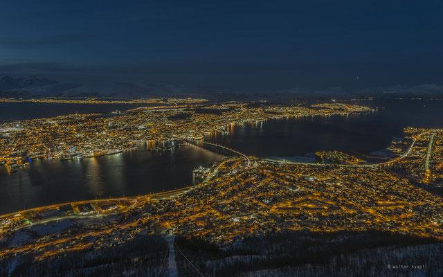 Blick vom Hausberg auf Tromsø