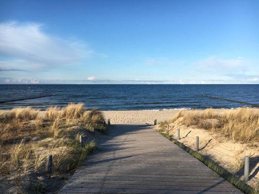 zum Ostseestrand im Seebad Zempin
