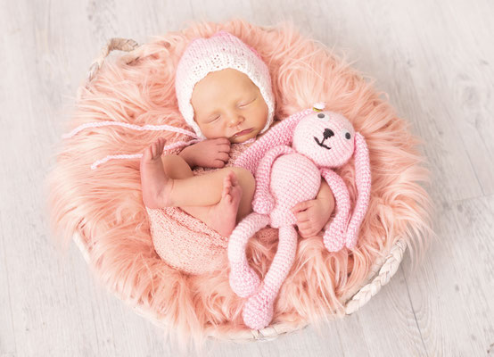 #newbornshooting