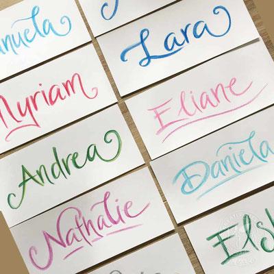 Ich zeige Dir im Kurs, wie man Namen so schreiben kann