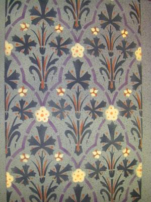 Schabloniertes florales Muster auf Wänden