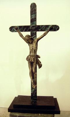 Marmorimitation mit Jesusfigur ca. 50 cm