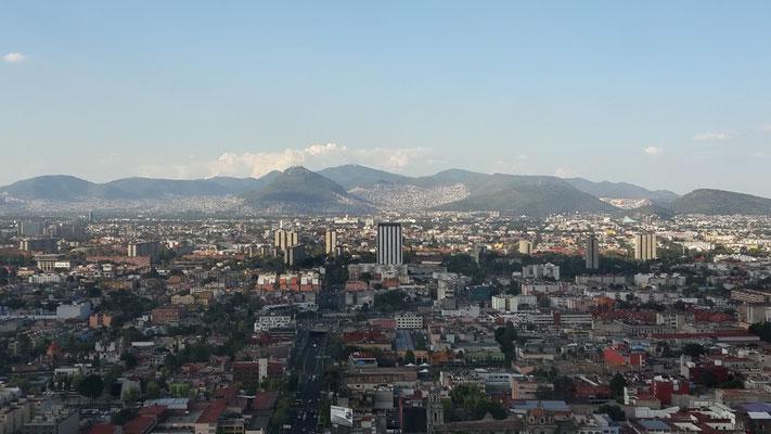 Mexiko City von oben - das Hochhaus machte keinen stabilen Eindruck