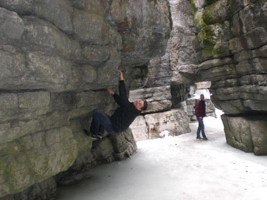 ... im winterlichen Maligne Canyon