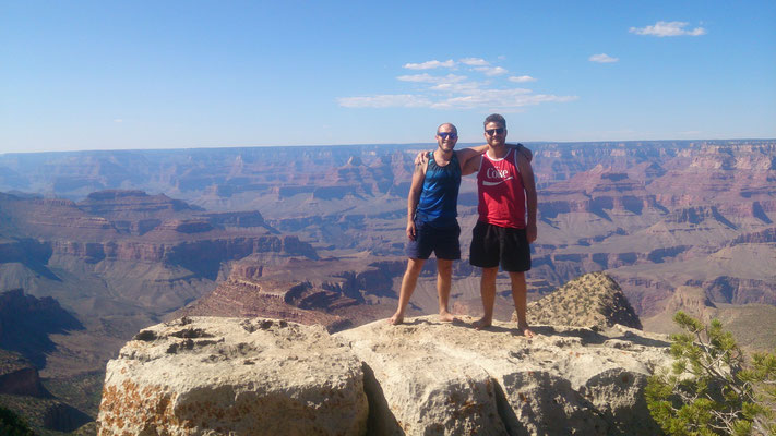 Alder Vadder und Sohnemann am Grand Canyon.