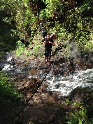 Hike 2: Den Wasserfall hinauf
