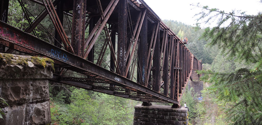 Die Goldstream Trestle Bridge