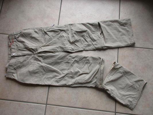 Wanderhose, neuwertig, Beine verkürzbar, Grösse 152, Fr. 15.--