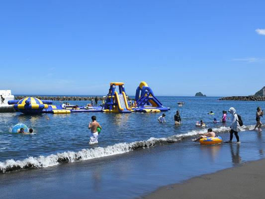 伊東オレンジビーチの海水浴