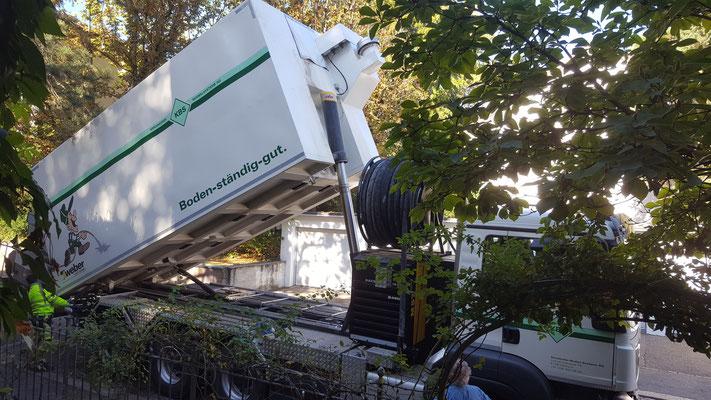 KBS hat einen Lastwagen speziell für den Schaumbeton.