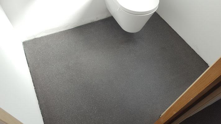 Auch im WC kann man diesen Boden Verarbeiten