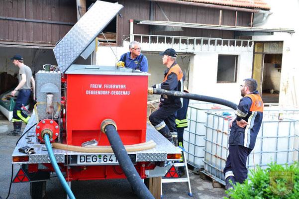 Der Ölsanimat der Feuerwehr Deggenau