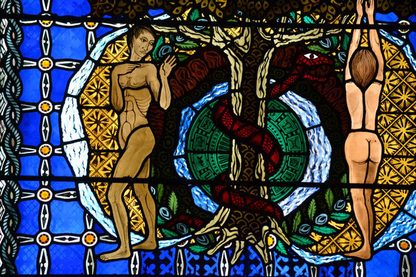 Fenster in der Cathedral d´Assomption in Clermont-Ferrand