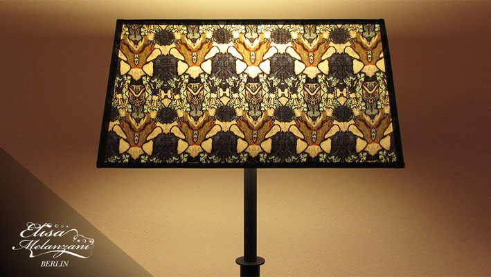 Design -dreamy bumblebee- Kollektion: TREASURY sapphirine - Lampenschirm Unikat © ELISA MELANZANI BERLIN