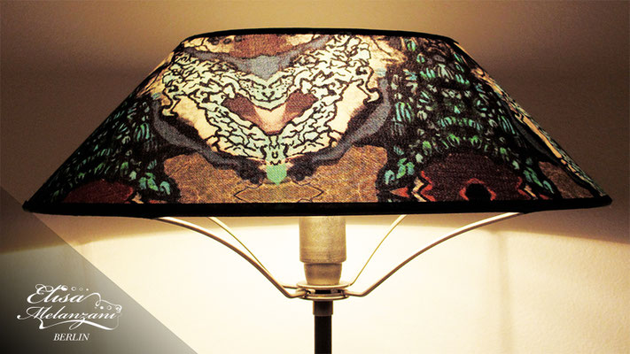 Design -jungle eye- Kollektion: TREASURY sapphirine - Lampenschirm Unikat © ELISA MELANZANI BERLIN