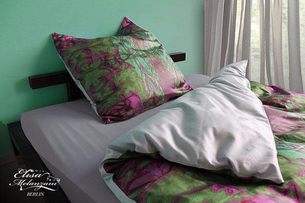 Design -fairy kingsuite- Kollektion: TREASURY olivine - Satinbettwäsche © ELISA MELANZANI BERLIN