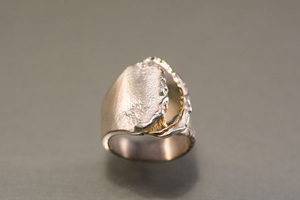 Ring: Eruption