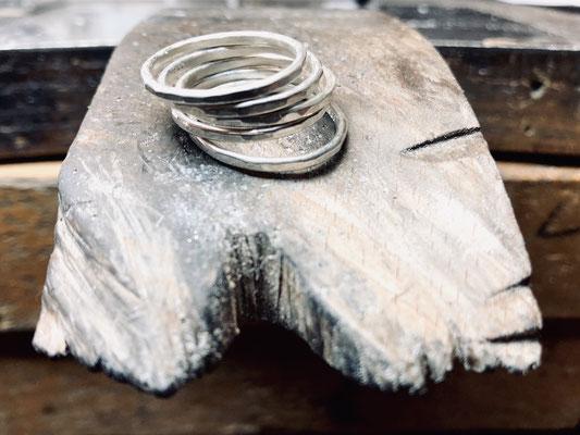 """""""Hammerring"""" 1,5 mm aus 935/- Silber je 77,- €"""