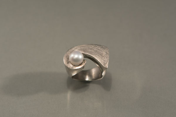 Ring: Perlenwelle