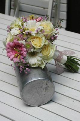 gelb rosa Brautstrauß
