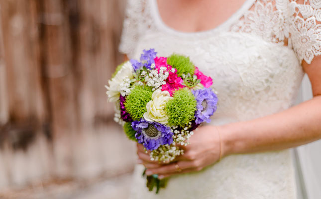 lila pink grün Brautstrauß