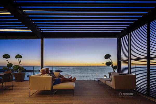 Hersteller RENSON © - Terrassendach / Terrassen-Lamellendach