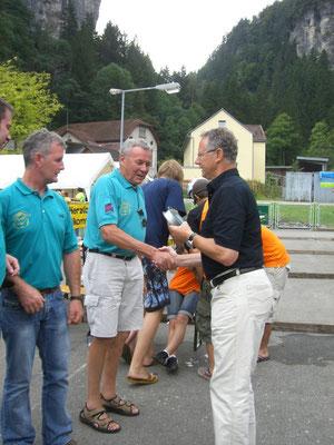 Siegerehrung durch den Bürser Bürgermeister