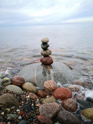 Steinreiche Entspannung, Steilküste an der Stoltera