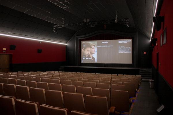 Salle cinéma nouveau look  (possibilité de location )