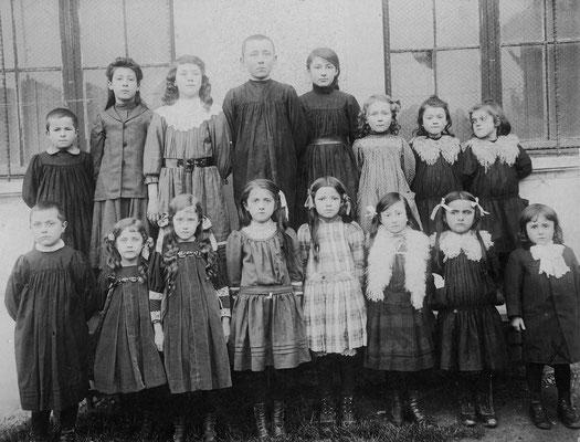 Ecole vers 1900