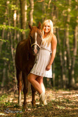 Pferdefotoshooting im Wienerwald: Deutsches Reitpony