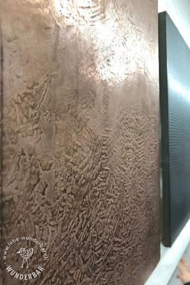 Wilde Kupferstrukturen um einen Raum zu beleben