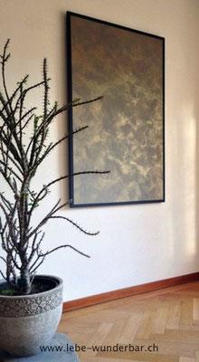 Gestaltung: Goldene Wolken auf Wandboard