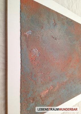 Poröser Stein mit Fehlstellen - 'Wassermanns Blumen' Kalkputz auf Polystyrol/HDF