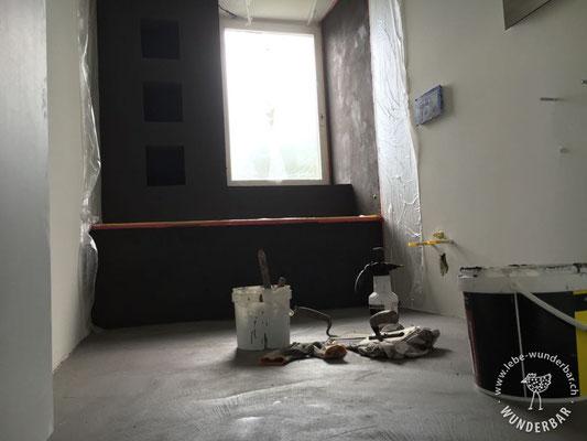 Bad während der Beschichtungsarbeiten