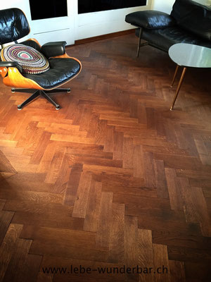 Redone wood floor without stealing that vintage vibe - simply Wunderbar!