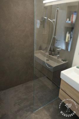 Nachher: Badezimmer Nr. 3 mit bodengleicher Dusche