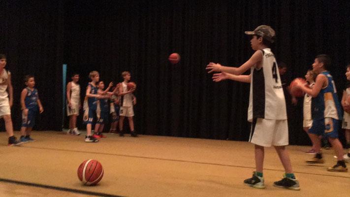 Übungen der Basketballer U10 und U12