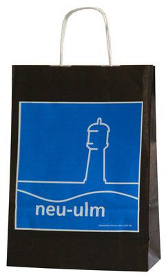 Papiertaschen mit Kordel aus Papier im Flexo bedruckt