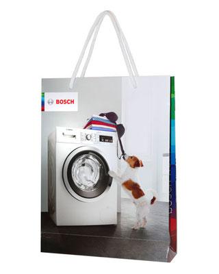 Papiertaschen mit glänzender Laminierung und Foto bedruckt