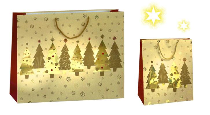 Weihnachtstragetaschen Tannenwald Weihnachtstaschen mit Kordel und golden Tannenbäumen und gold glänzender Tannenbaum
