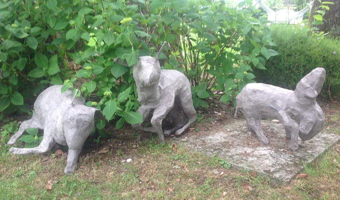 Tone Fink, Schafe, Pappmache und Drahtgitter, 2012 ©Galerie Walker