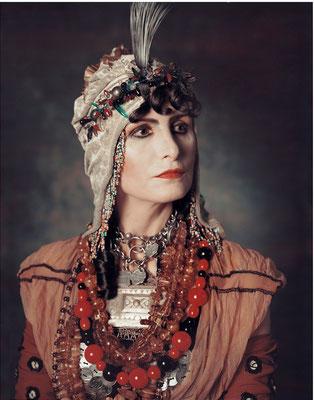 Irene Andessner, Aus der Serie Donne Illustri, 2003, Cecilia Venier-Baffo, Polaroid, 24x19 cm, © bei der Künstlerin