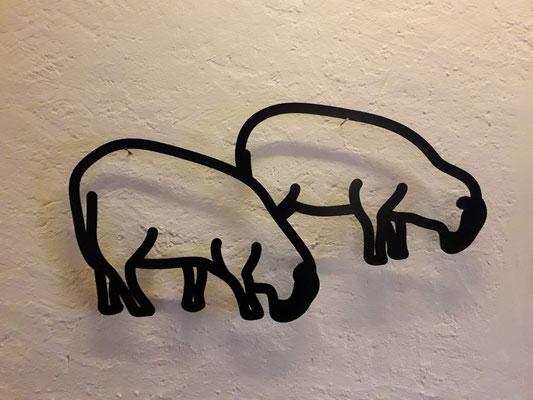Julian Opie, Sheep 3, aus der Serie Nature 1, Aluminium geschnitten, 45.9 x 86.8 x 4 cm, 2015,  (c) Julian Opie