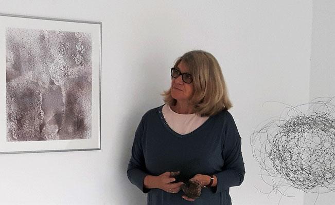 Helga Cmelka ©bei der Künstlerin und Galerie Walker