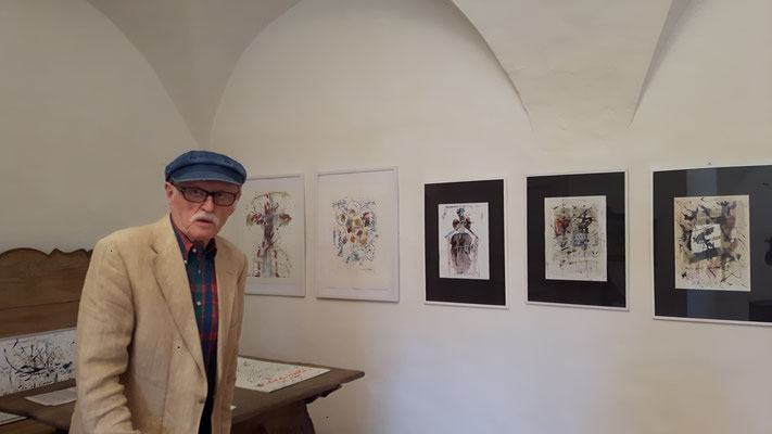 Hans Staudacher im Schloss Ebenau im Juli 2018 © Galerie Walker, Hans Staudacher