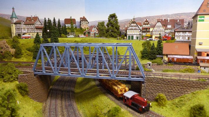 Baden-Baden-West mit Fachwerkstadt im Hintergrund