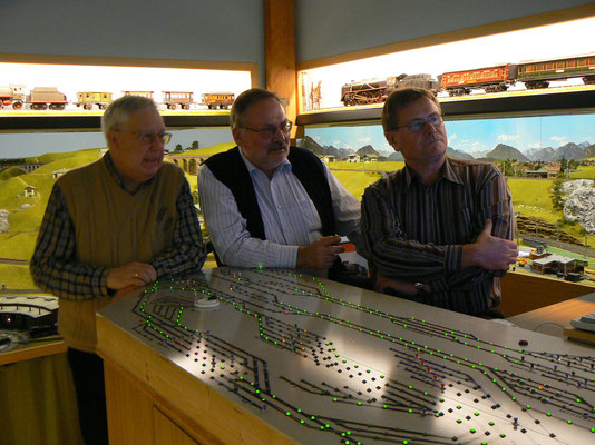 WDP-Betatester Wolfgang Elsholz (Augsburg), G. Arnold und Win-Digipet-Autor: Dr. Peter Perterlin (Hürth)